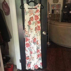 Boutique Floral Maxi Dress Size M/L